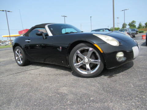 2006 Pontiac Solstice for sale at TAPP MOTORS INC in Owensboro KY