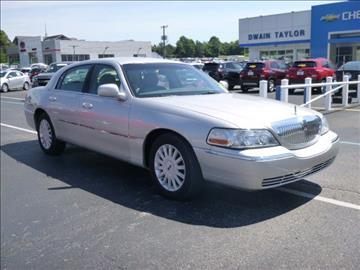 2005 Lincoln Town Car for sale in Murray, KY