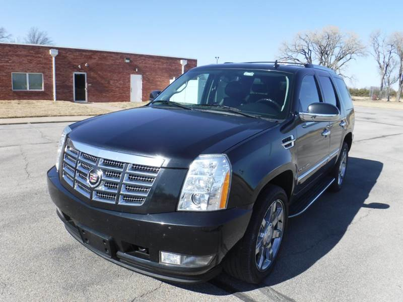 2010 Cadillac Escalade for sale at FAIRWAY AUTO SALES in Augusta KS