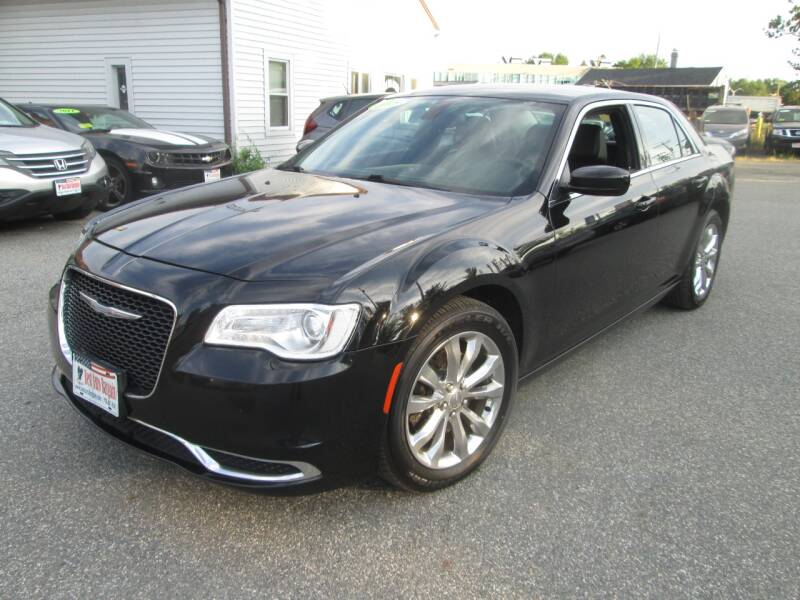 2015 Chrysler 300 AWD Limited 4dr Sedan - Lowell MA