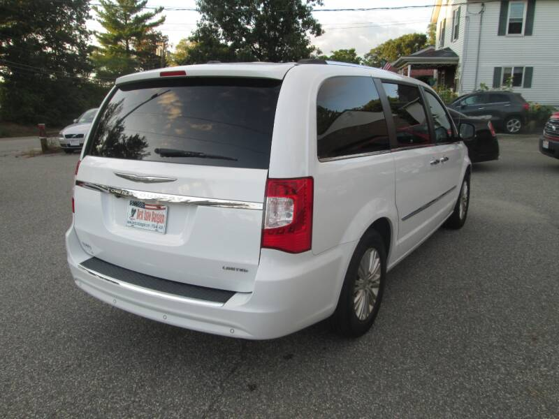 2014 Chrysler Town and Country Limited 4dr Mini-Van - Lowell MA