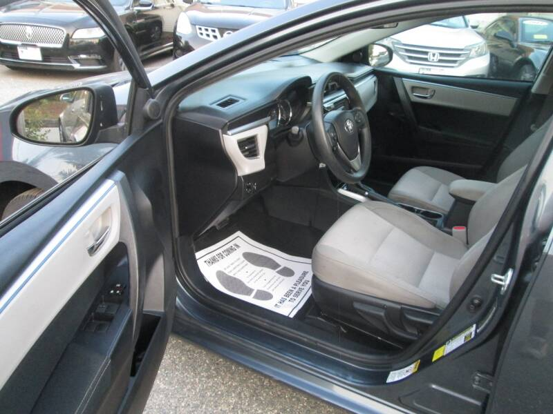 2015 Toyota Corolla LE 4dr Sedan - Lowell MA