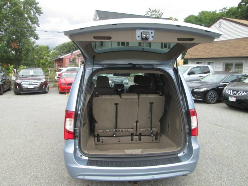2013 Chrysler Town and Country Touring-L 4dr Mini-Van - Lowell MA