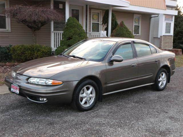 2001 Oldsmobile Alero Gl 4dr Sedan In Bellevue Oh Freedom Auto Mart
