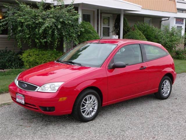 2005 ford focus zx3 se 2dr hatchback in bellevue oh. Black Bedroom Furniture Sets. Home Design Ideas
