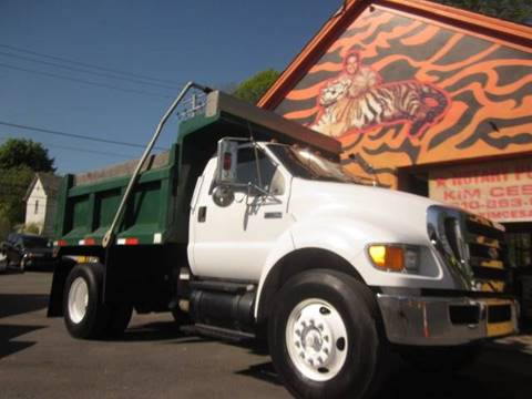 2005 Ford F-750 for sale in Pen Argyl, PA