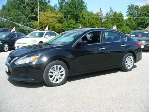 2016 Nissan Altima for sale in Hortonville, WI