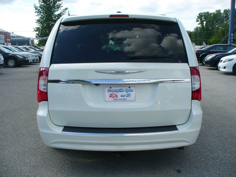 2011 chrysler town and country touring 4dr mini van in hortonville wi. Cars Review. Best American Auto & Cars Review