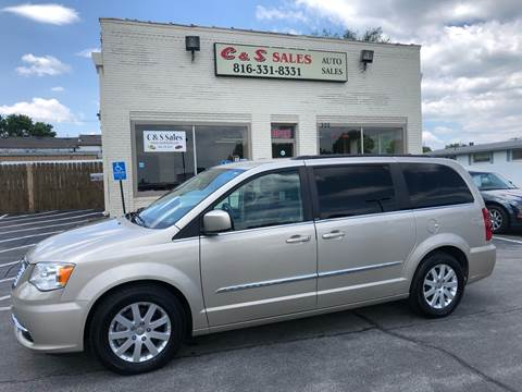 2013 Chrysler Town and Country for sale in Belton, MO