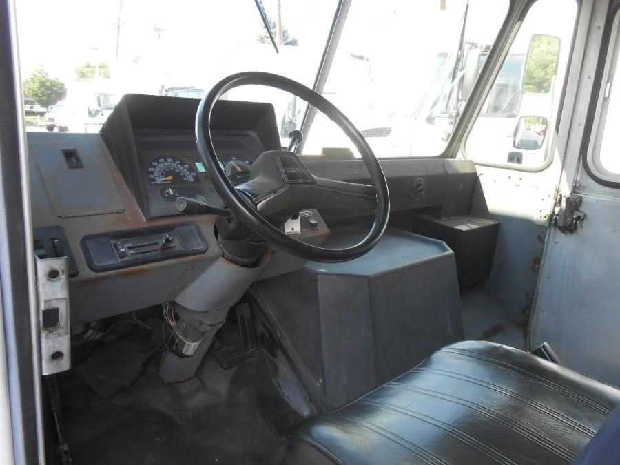 1993 Chevrolet P30 157' WB 14.5'' - Langhorne PA
