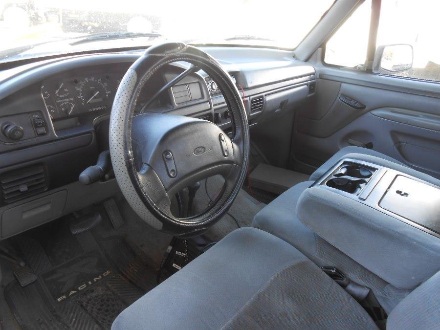 1996 Ford F-250 HD Reg Cab 133.0' WB 4WD - Langhorne PA