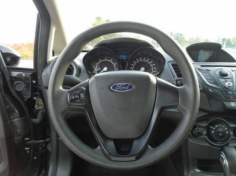 2015 Ford Fiesta S 4dr Sedan - O` Fallon MO