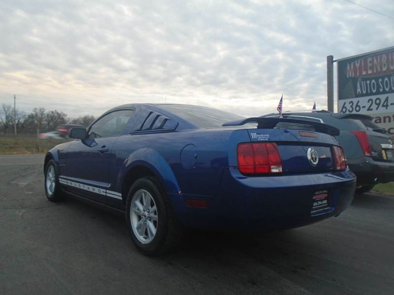 2005 Ford Mustang Deluxe 2dr Coupe - O` Fallon MO