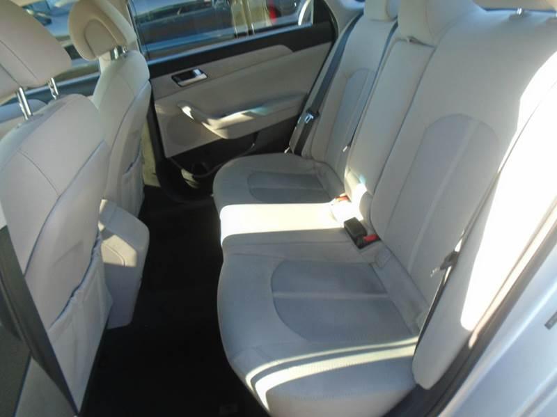 2016 Hyundai Sonata SE 4dr Sedan - O` Fallon MO