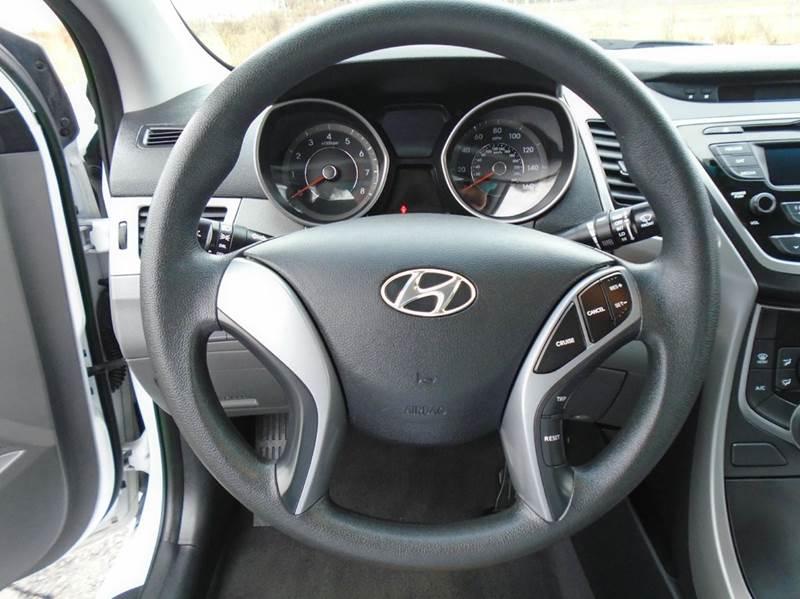2016 Hyundai Elantra SE 4dr Sedan 6A (US) - O` Fallon MO