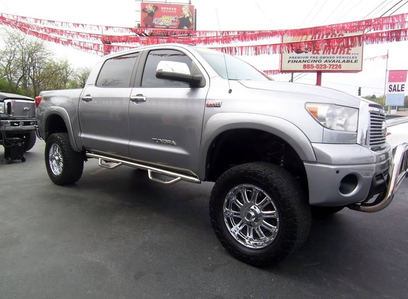 2010 Toyota Tundra 4x4 Limited 4dr CrewMax Cab Pickup SB (5.7L V8 FFV) - Knoxville TN