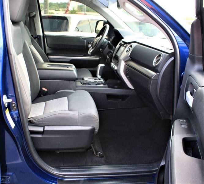 Toyota Tundra Double Cab 4x4: 2014 Toyota Tundra 4x4 SR5 4dr Double Cab Pickup SB (5.7L