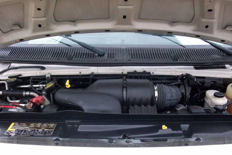 2011 Ford E-Series Wagon E-350 SD XLT 3dr Passenger Van - Muskego WI