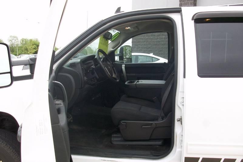 2011 Chevrolet Silverado 1500 4x4 LT 4dr Crew Cab 5.8 ft. SB - Muskego WI