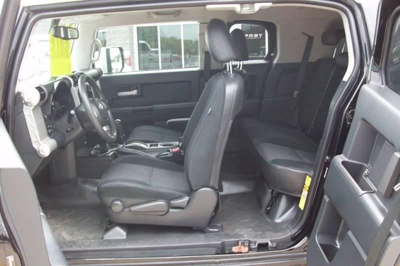 2010 Toyota FJ Cruiser 4x4 4dr SUV 5A - Muskego WI
