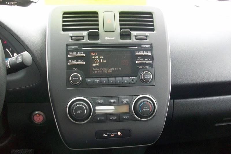 2015 Nissan LEAF S 4dr Hatchback - Muskego WI