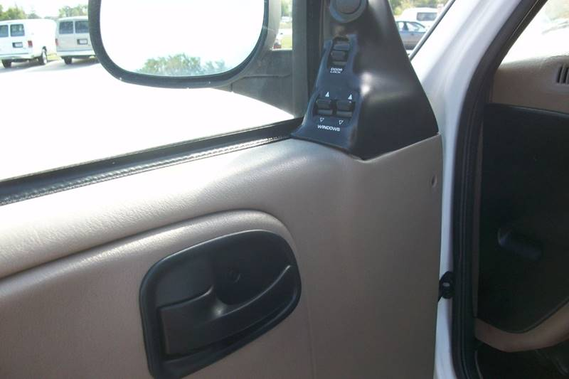 2001 Dodge Ram Wagon 2500 3dr Extended Passenger Van - Muskego WI
