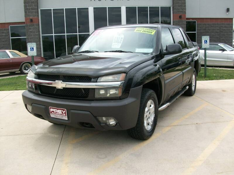2003 Chevrolet Avalanche 1500 4dr Crew Cab The North Face Edition 4WD - Muskego WI
