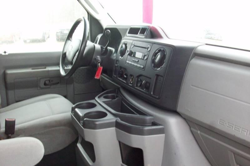 2009 Ford E-Series Cargo E-150 3dr Cargo Van - Muskego WI
