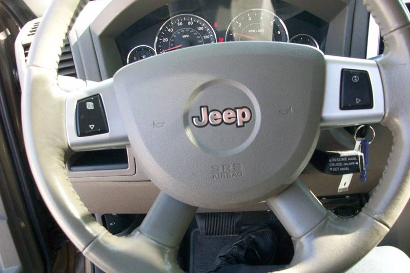2009 Jeep Grand Cherokee 4x4 Laredo 4dr SUV - Muskego WI