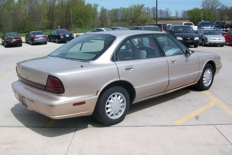 1998 Oldsmobile Eighty-Eight LS 4dr Sedan - Muskego WI