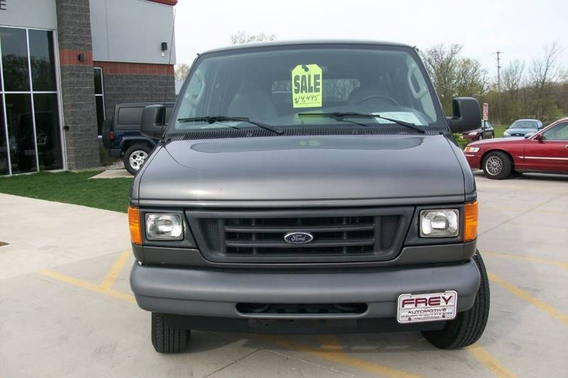 2007 Ford E-Series Wagon E-350 SD XL 3dr Passenger Van - Muskego WI