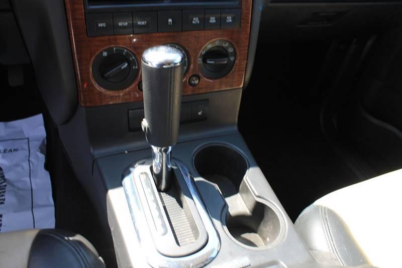 2010 Ford Explorer 4x4 Eddie Bauer 4dr SUV - Sheboygan WI