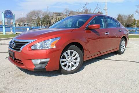 2014 Nissan Altima for sale at CORPORATE CARS OF WISCONSIN in Sheboygan WI