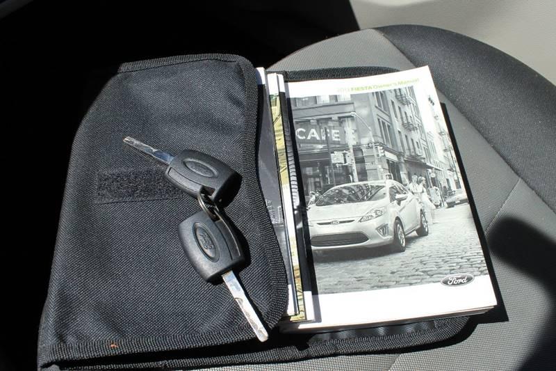 2013 Ford Fiesta S 4dr Hatchback - Sheboygan WI