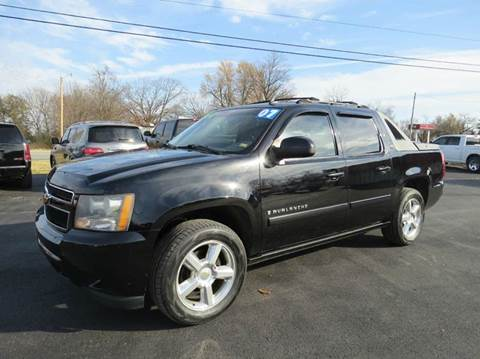 2007 Chevrolet Avalanche for sale at Affordable Auto Center in Joplin MO