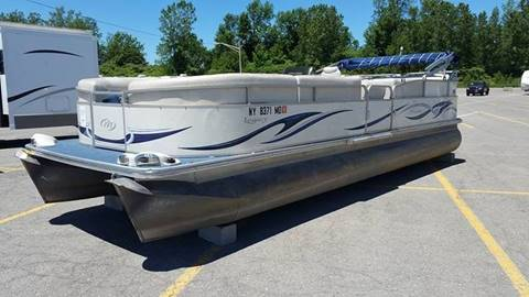 2007 Manitou Legacy PontoonBoat 26 for sale in Rochester, NY