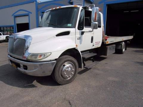 2005 International 4300 for sale in Rush, NY