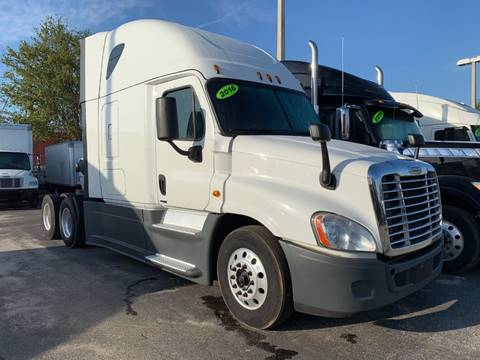 2016 Freightliner Cascadia for sale in Orlando, FL