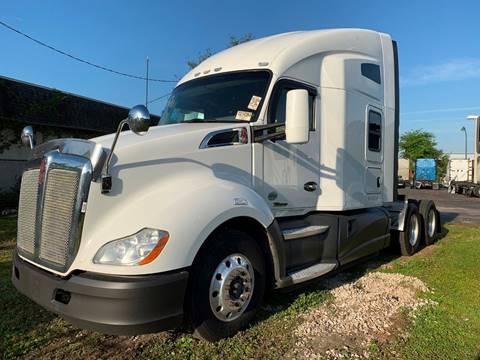 2016 Kenworth T680 for sale in Orlando, FL