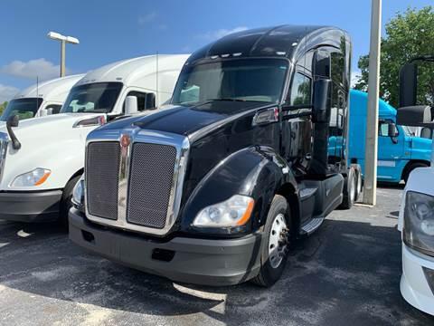 2015 Kenworth T680 for sale in Orlando, FL