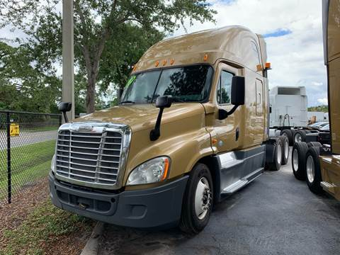 2014 Freightliner Cascadia for sale in Orlando, FL