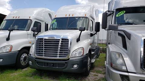 2015 Freightliner Cascadia for sale in Orlando, FL