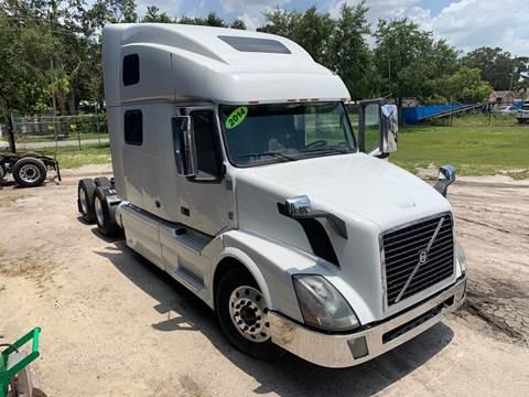 2014 Volvo 780 for sale in Orlando, FL