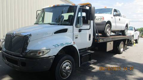 2002 International 4400 for sale at Bethlehem Auto Sales LLC in Hickory NC