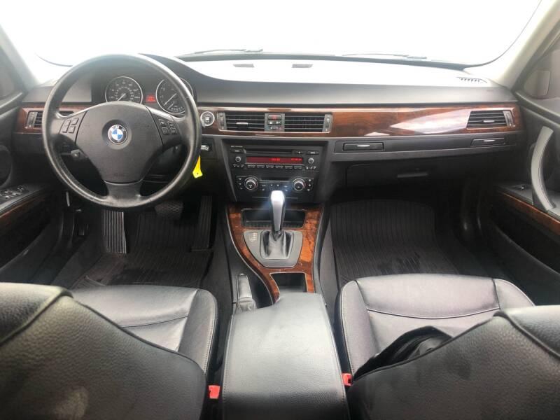 2011 BMW 3 Series AWD 328i xDrive 4dr Sedan - Kansas Cuty MO