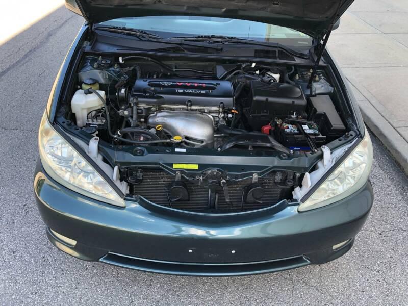 2005 Toyota Camry LE 4dr Sedan - Kansas Cuty MO
