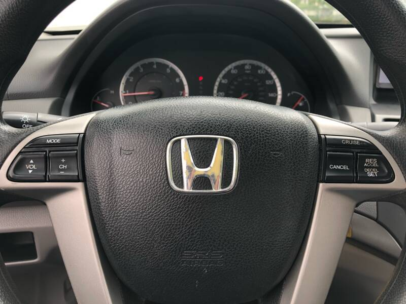 2009 Honda Accord LX 4dr Sedan 5A - Kansas Cuty MO