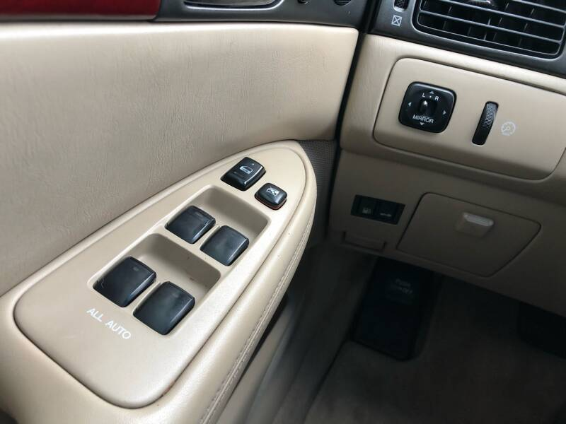2004 Lexus ES 330 4dr Sedan - Kansas Cuty MO