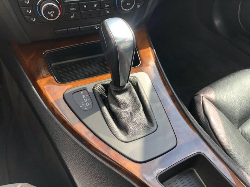 2011 BMW 3 Series AWD 328i xDrive 2dr Coupe - Kansas Cuty MO