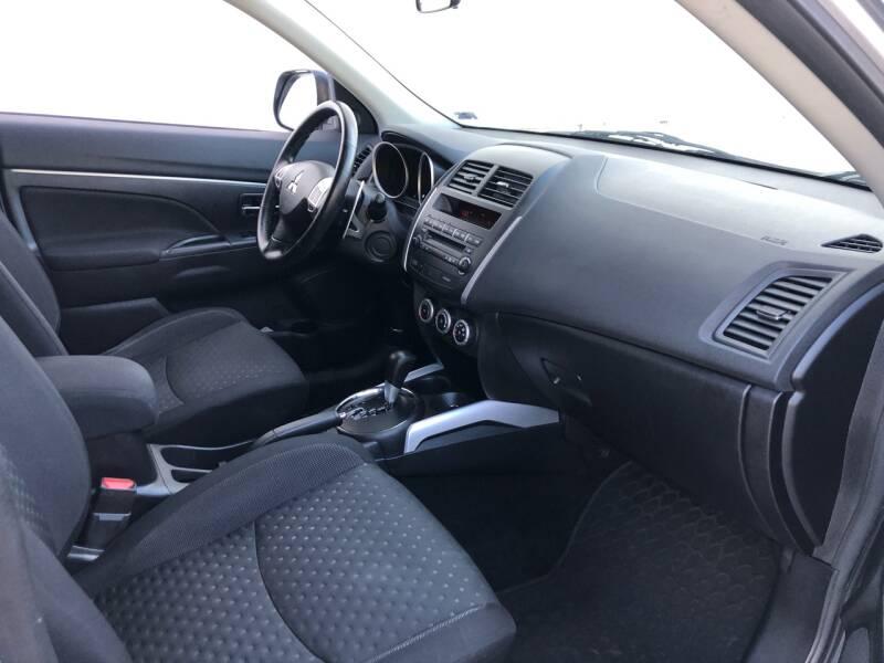 2011 Mitsubishi Outlander Sport SE 4dr Crossover - Kansas Cuty MO